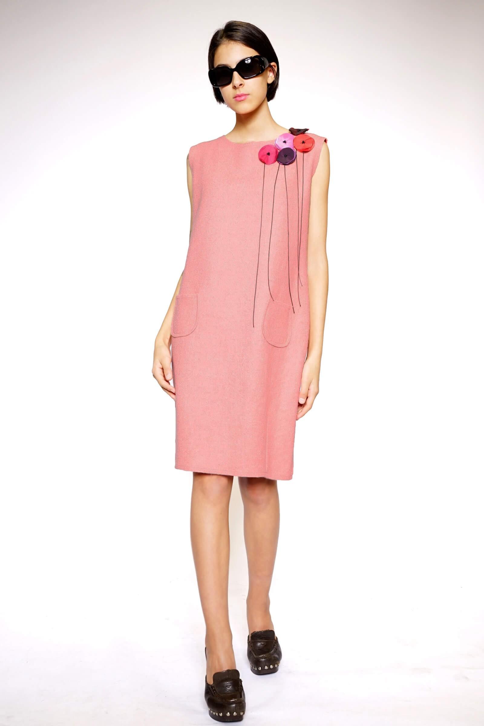 Rochie din lana roz