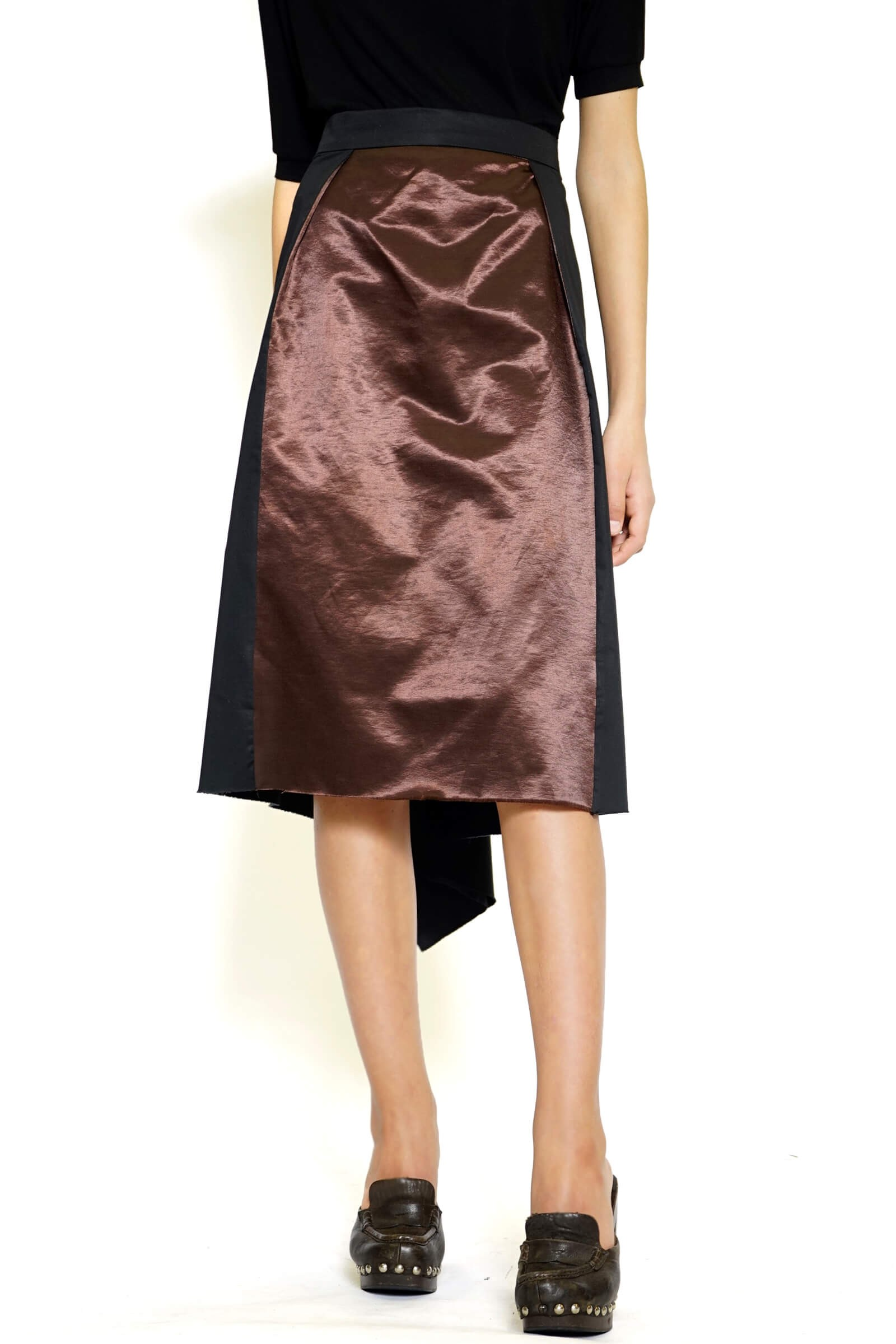Two-tone skirt with a lace...