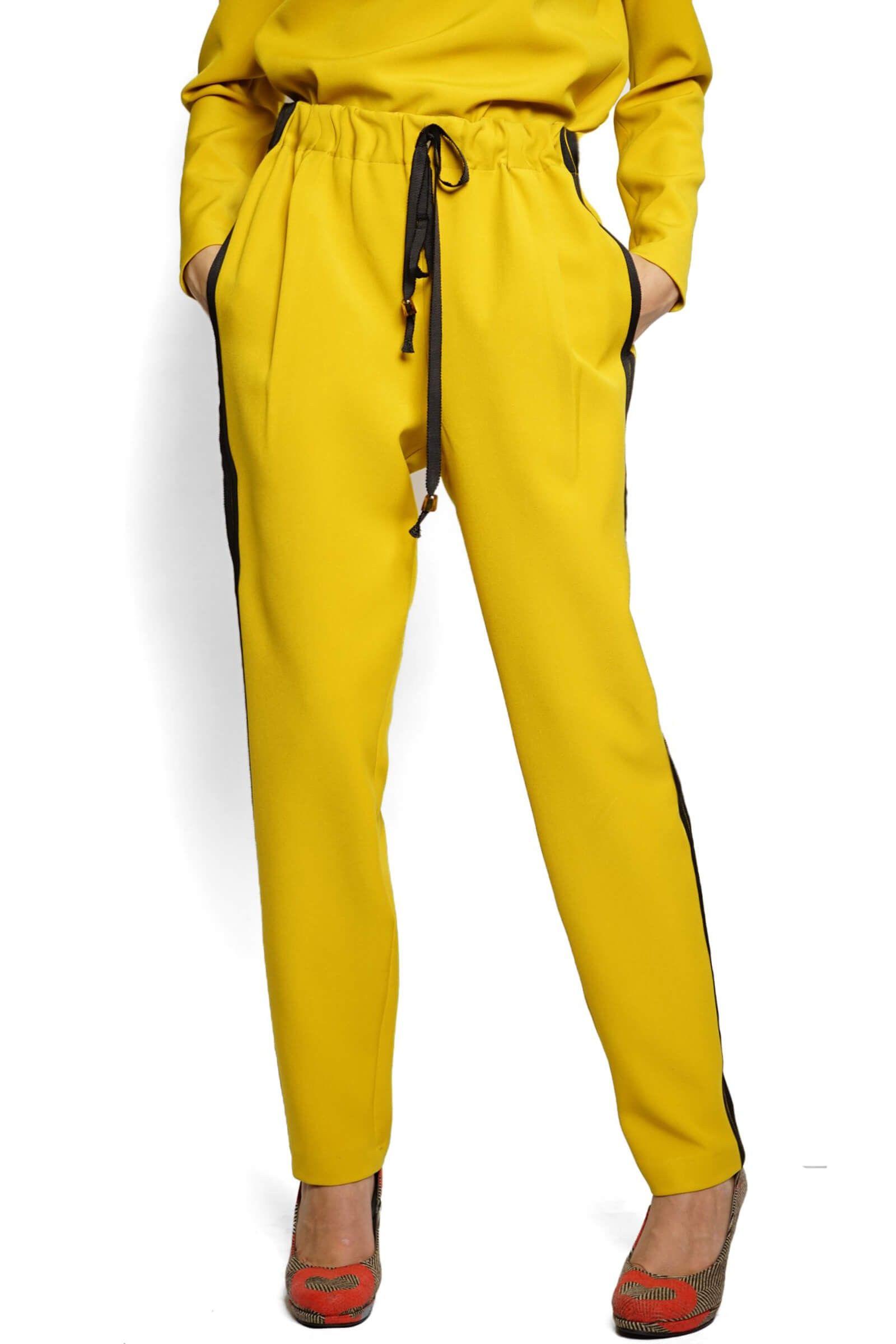 Mustard pants with headbands