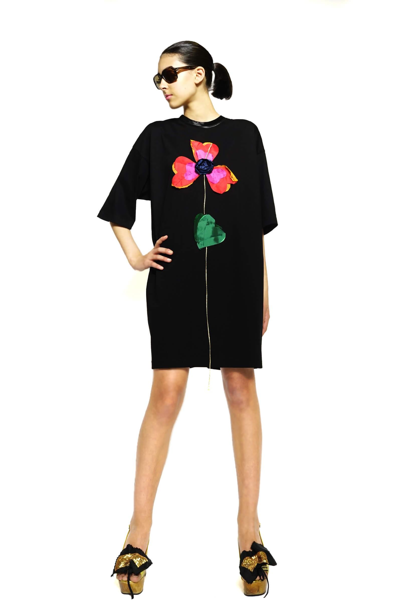 Wide black cotton dress...