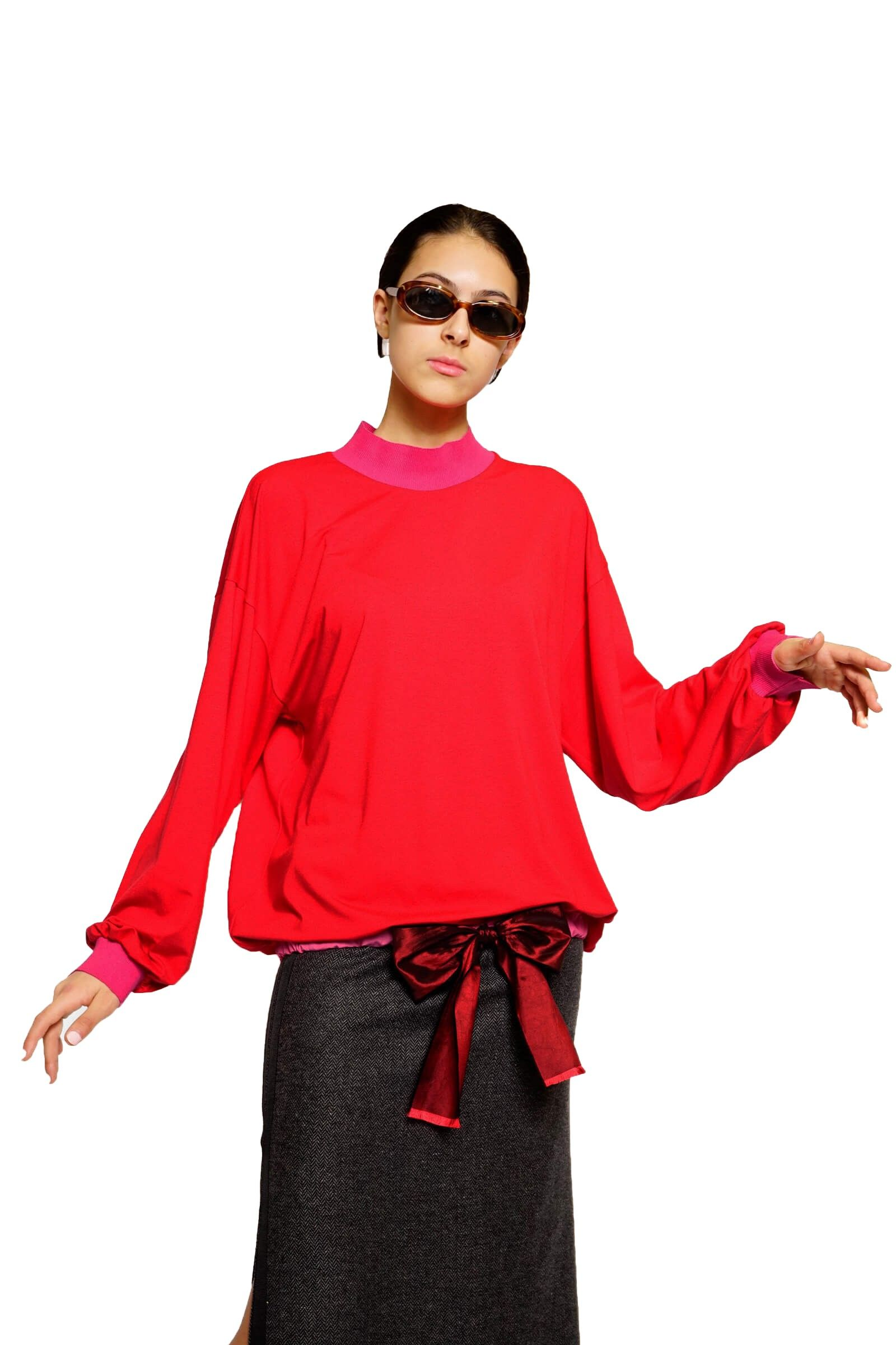 Red wide blouse