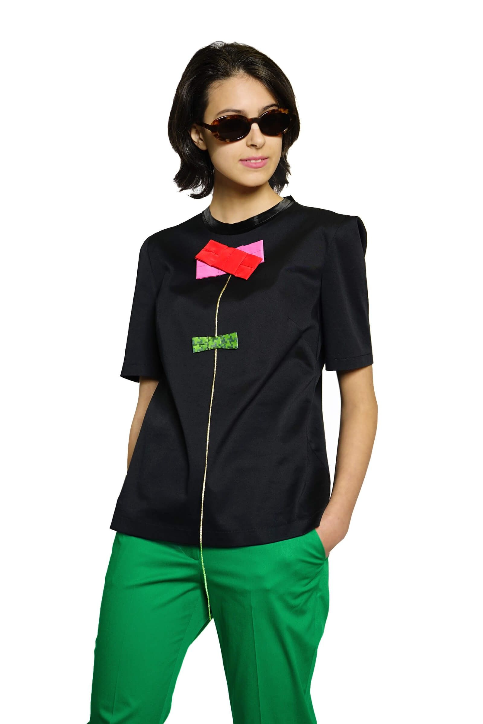 Black cotton top with a flower