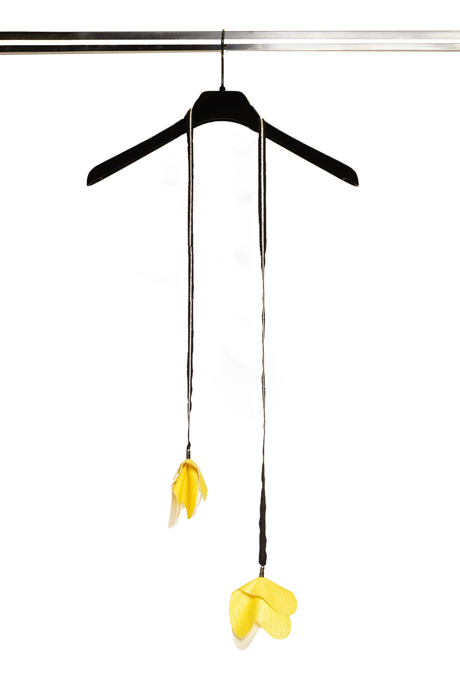 Necklace with yellow flowers