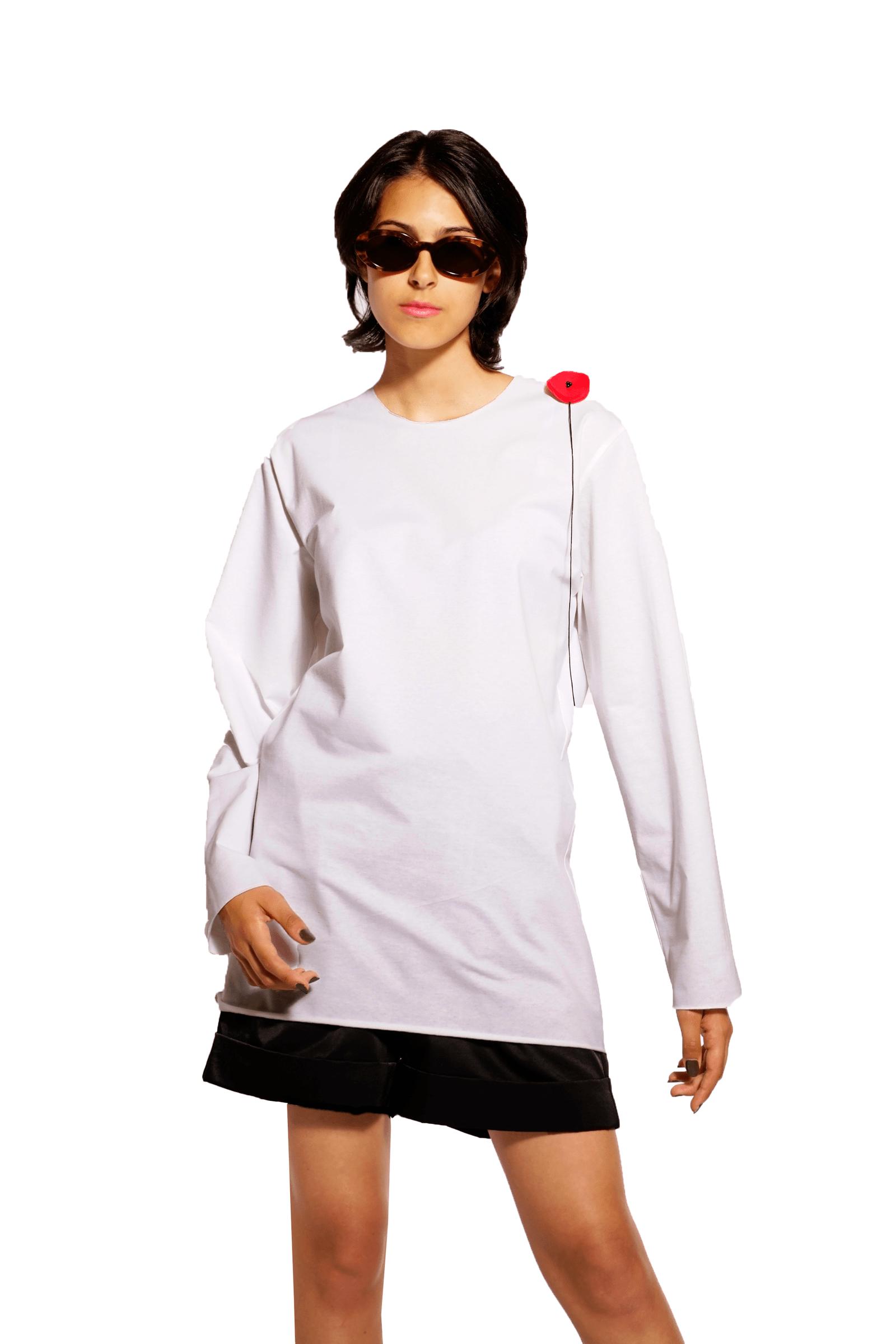 Bluza alba din bumbac cu mac