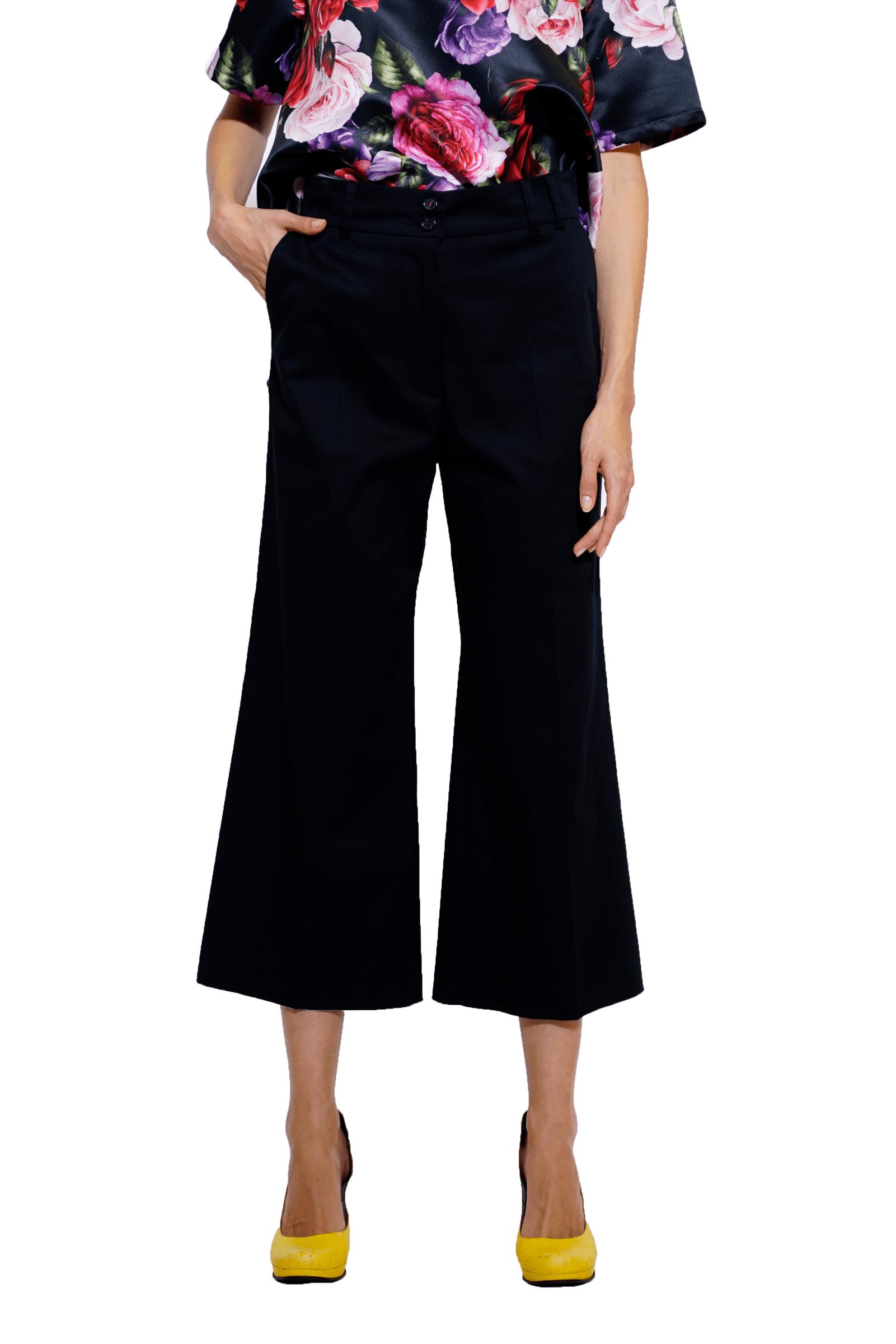 Pantaloni negri largi