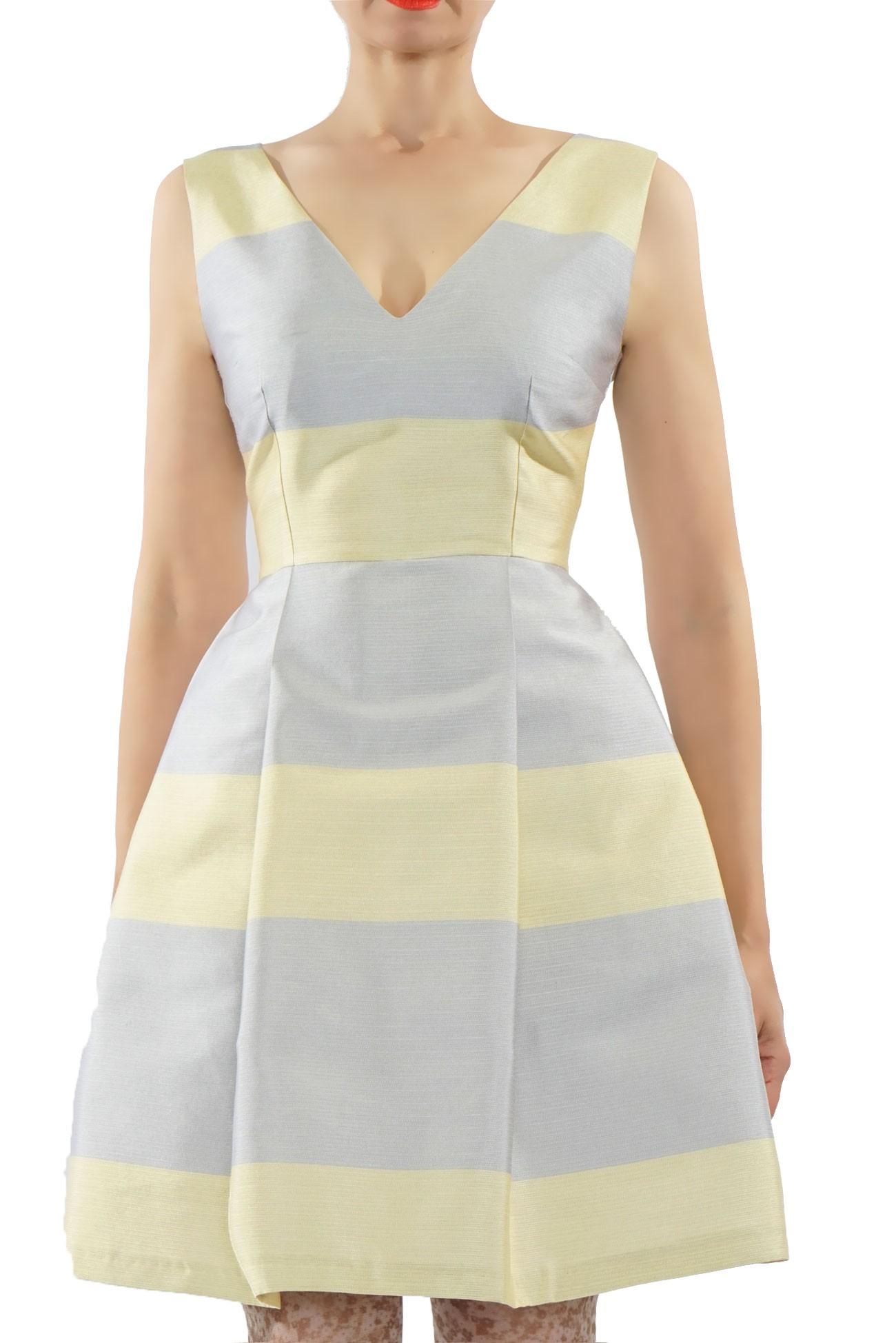 rochie cu anchior fata si spate