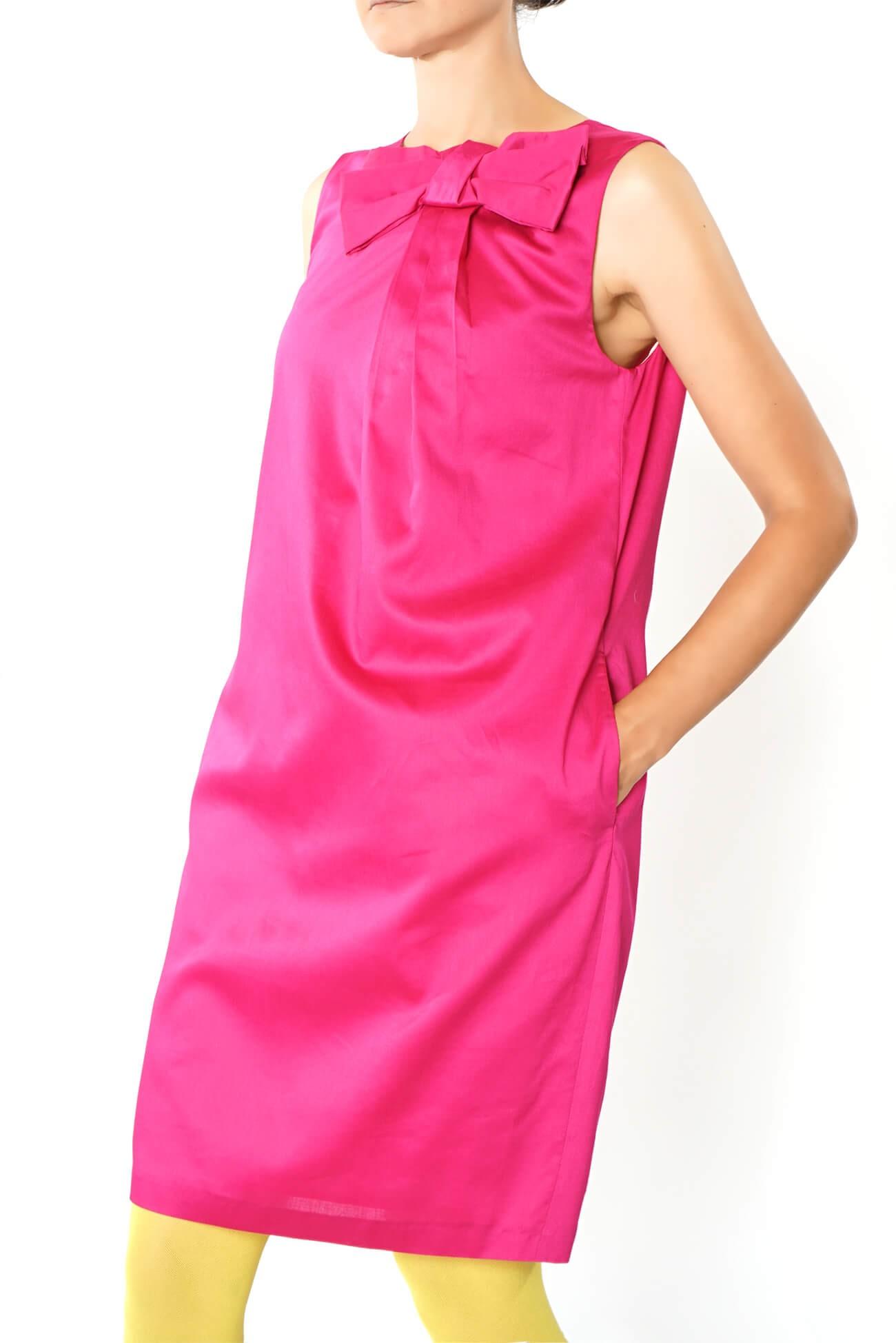 rochie midi dreapta cu funda in pliu