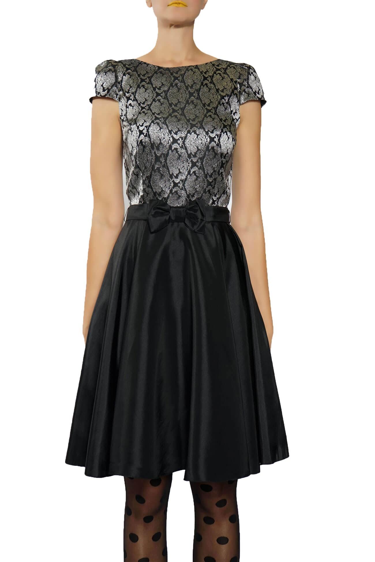 rochie cambrata din satin