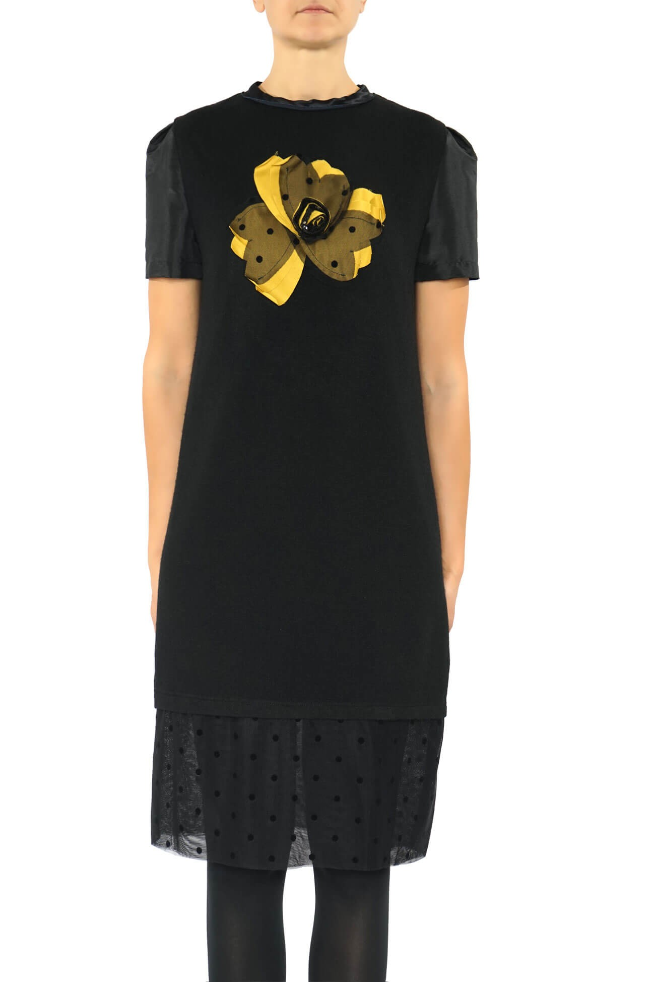 rochie din tricot de lana cu floare aplicata
