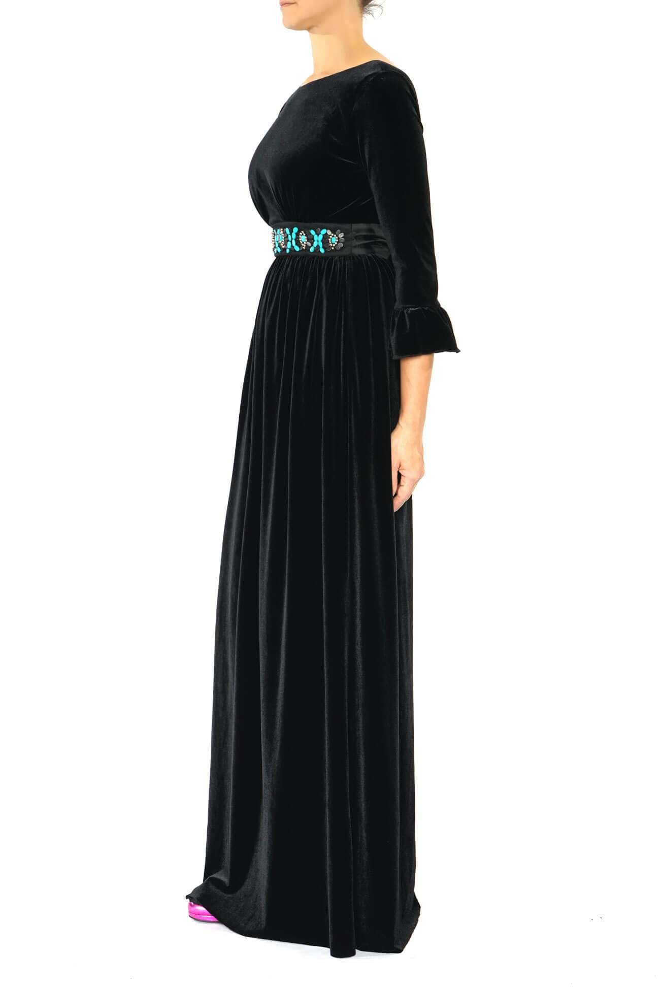 rochie lunga din catifea cu centura cu aplicatii