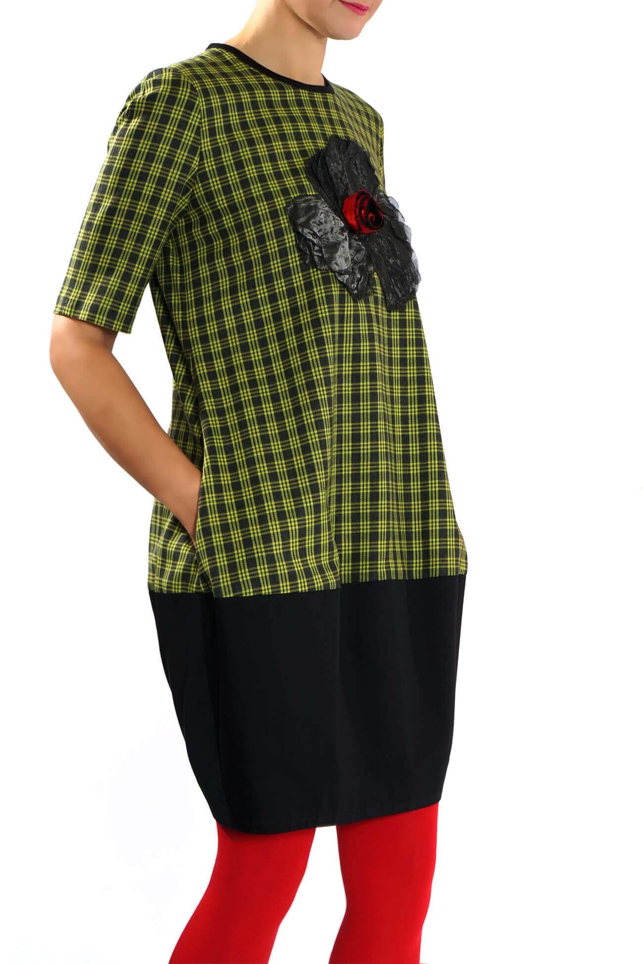 Rochie midi in carouri verde
