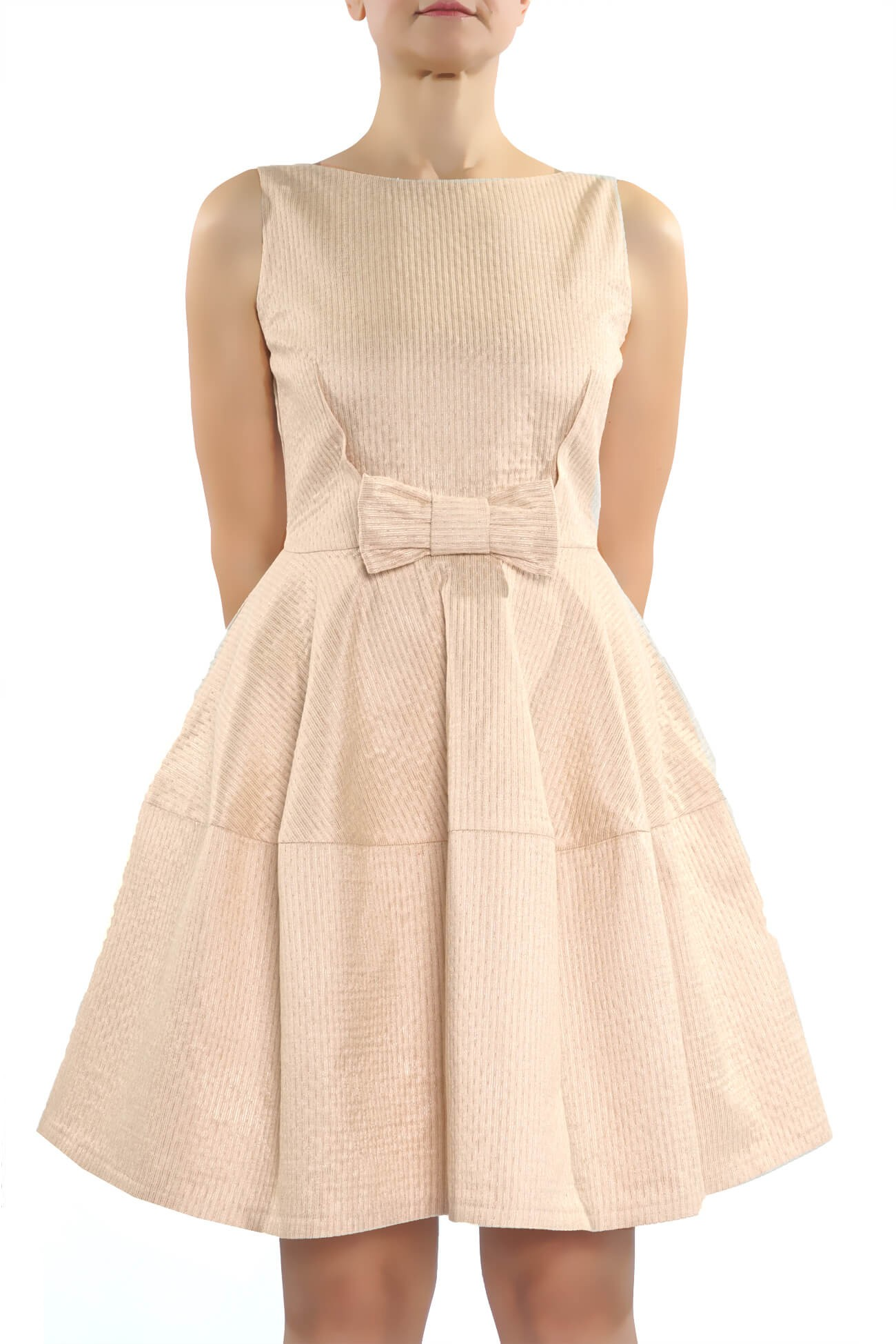 rochie clos  din brocard roz  (  produs la precomanda  )
