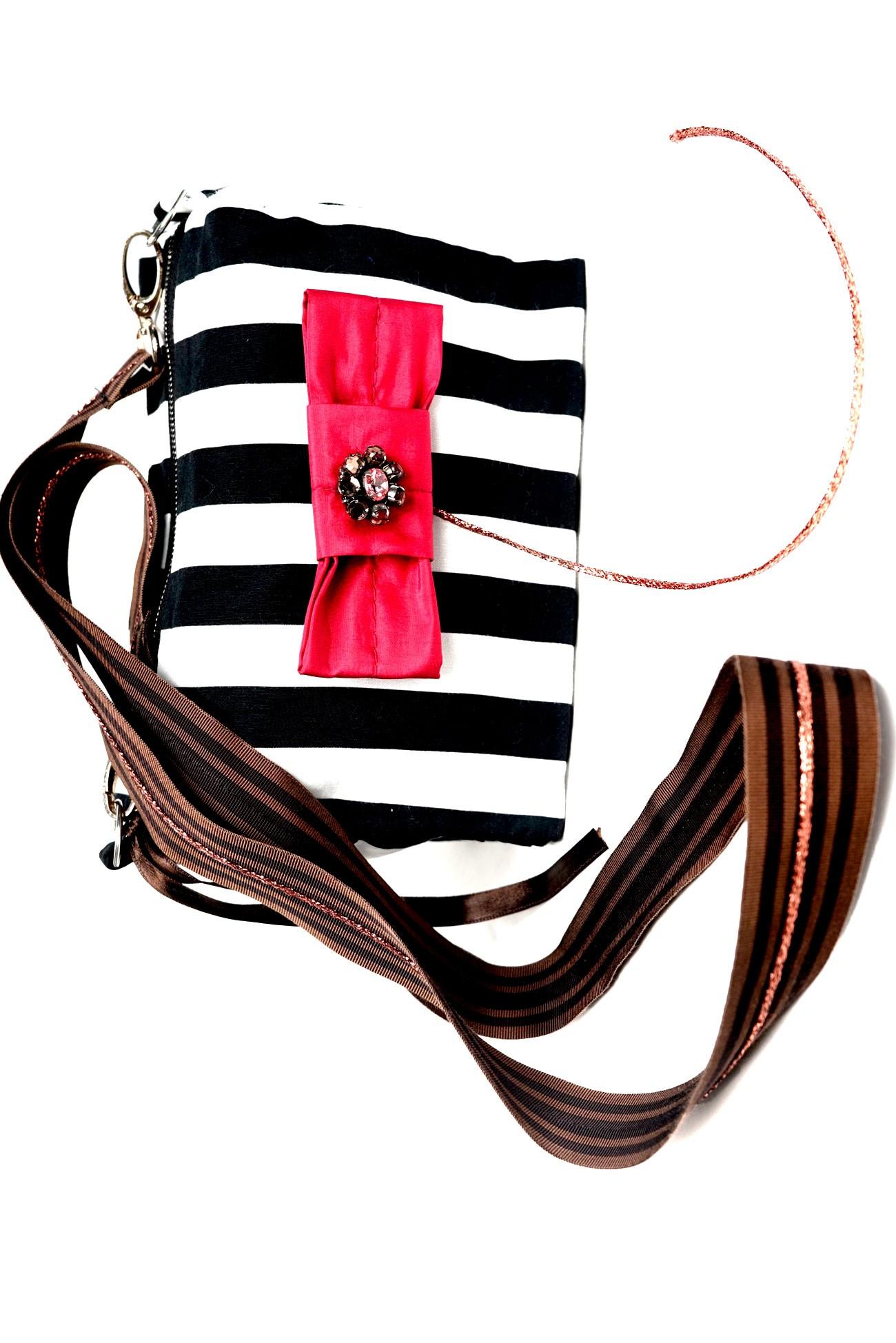 geanta in dungi alb negru