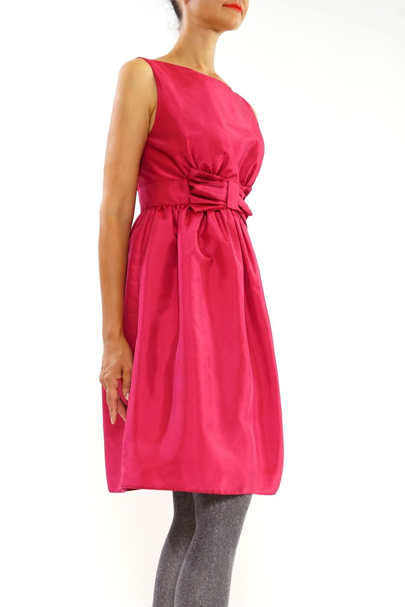 rochie din tafta cu funda in talie