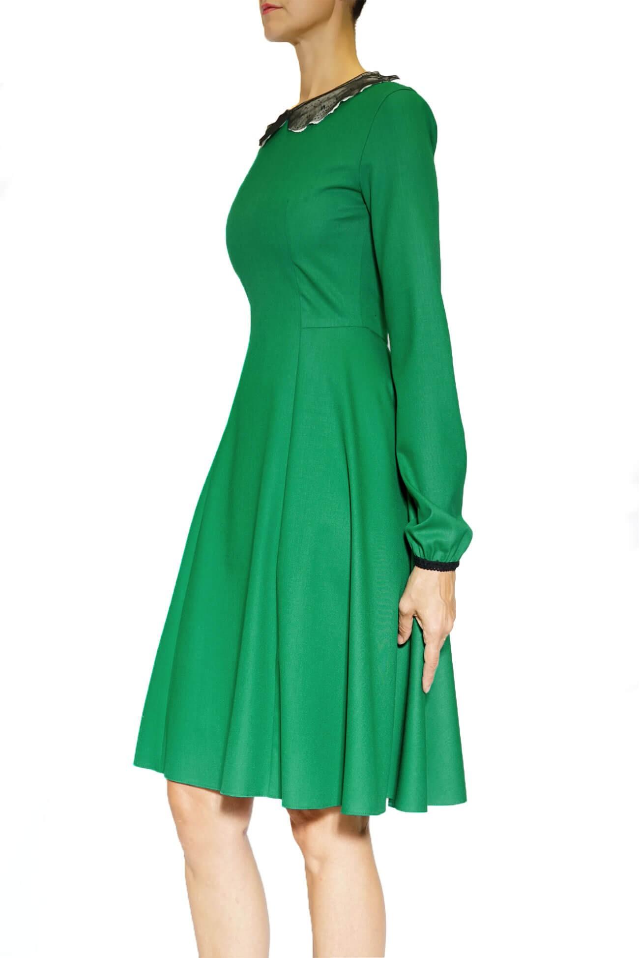 Rochie verde  cu guler(  produs la precomanda  )