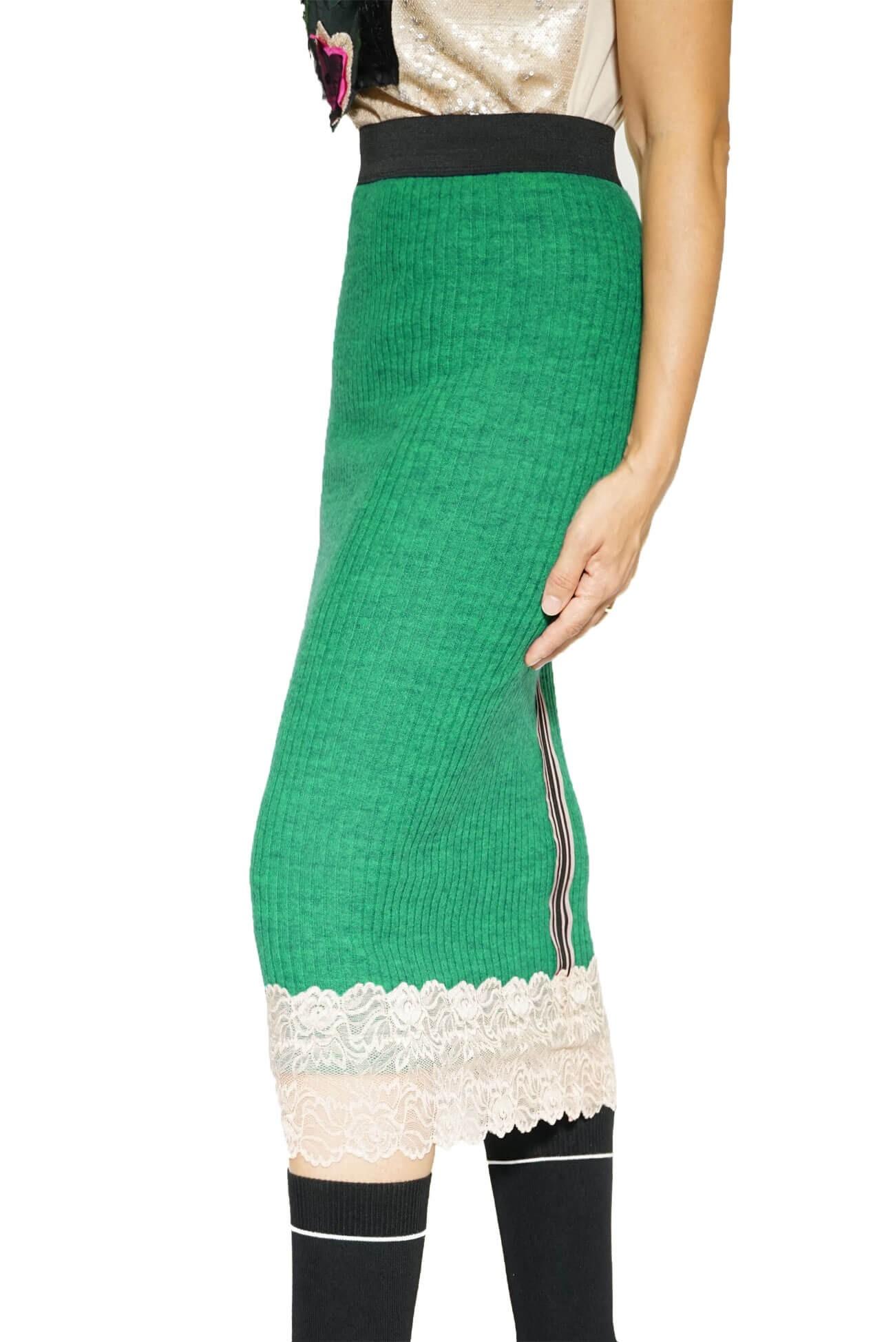fusta verde din tricot cu dantela(  produs la precomanda  )