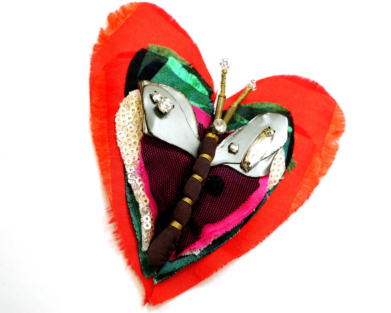 brosa inima cu libelula