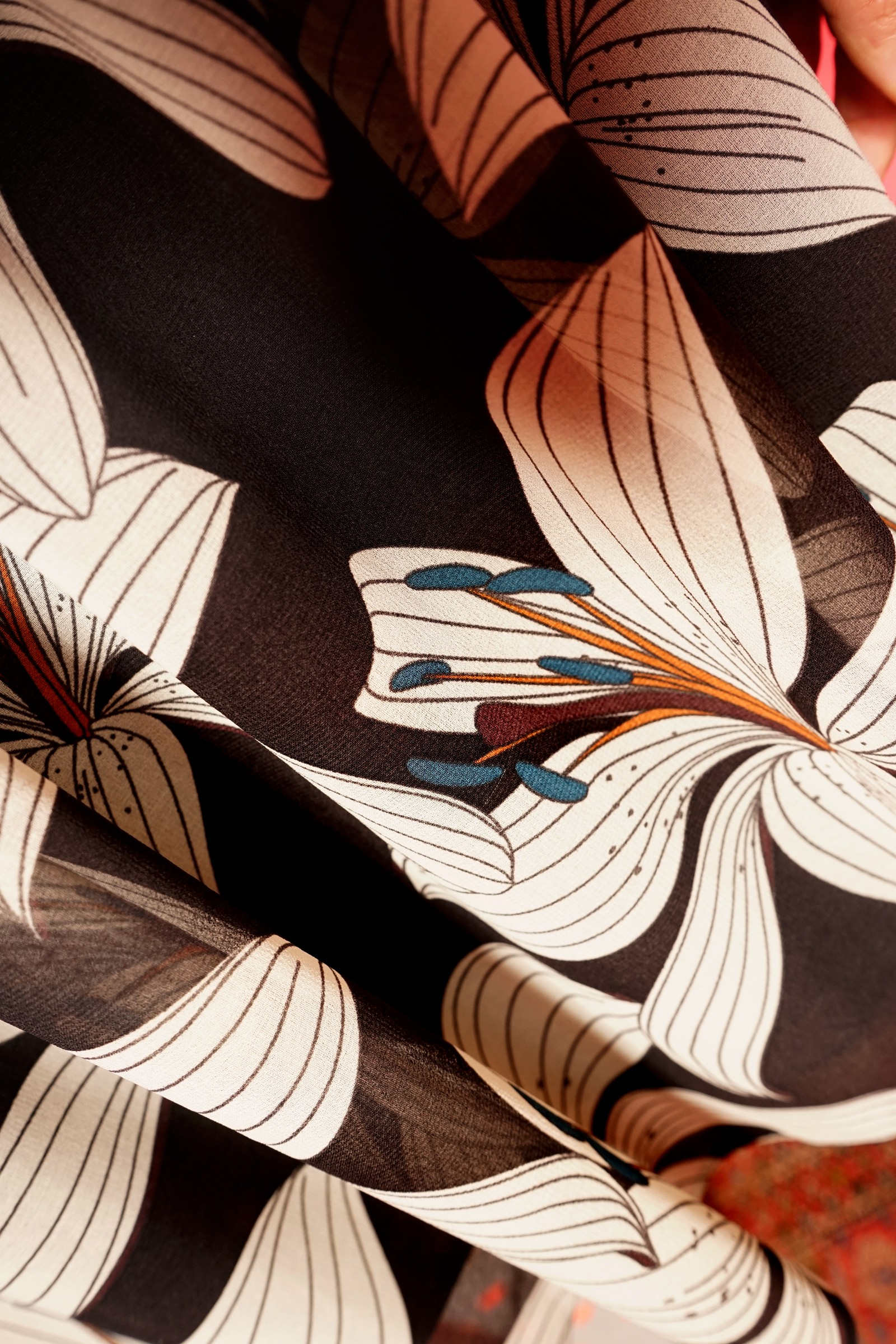 Rochie din voal imprimat cu cret in talie