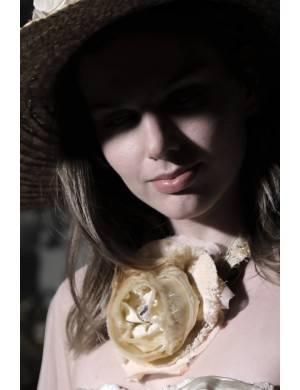 Colier mac alb