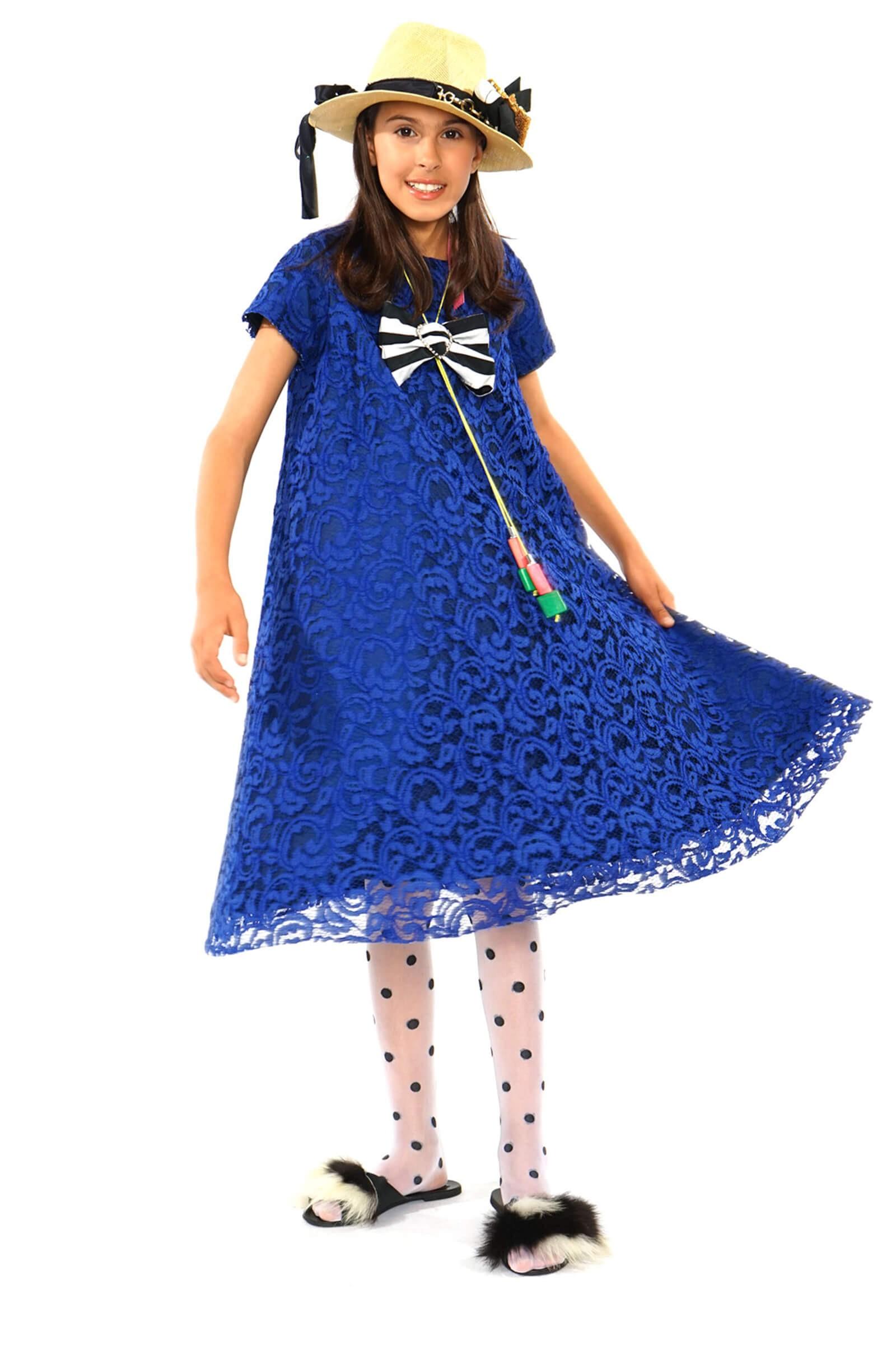 Rochie dantela albastra...