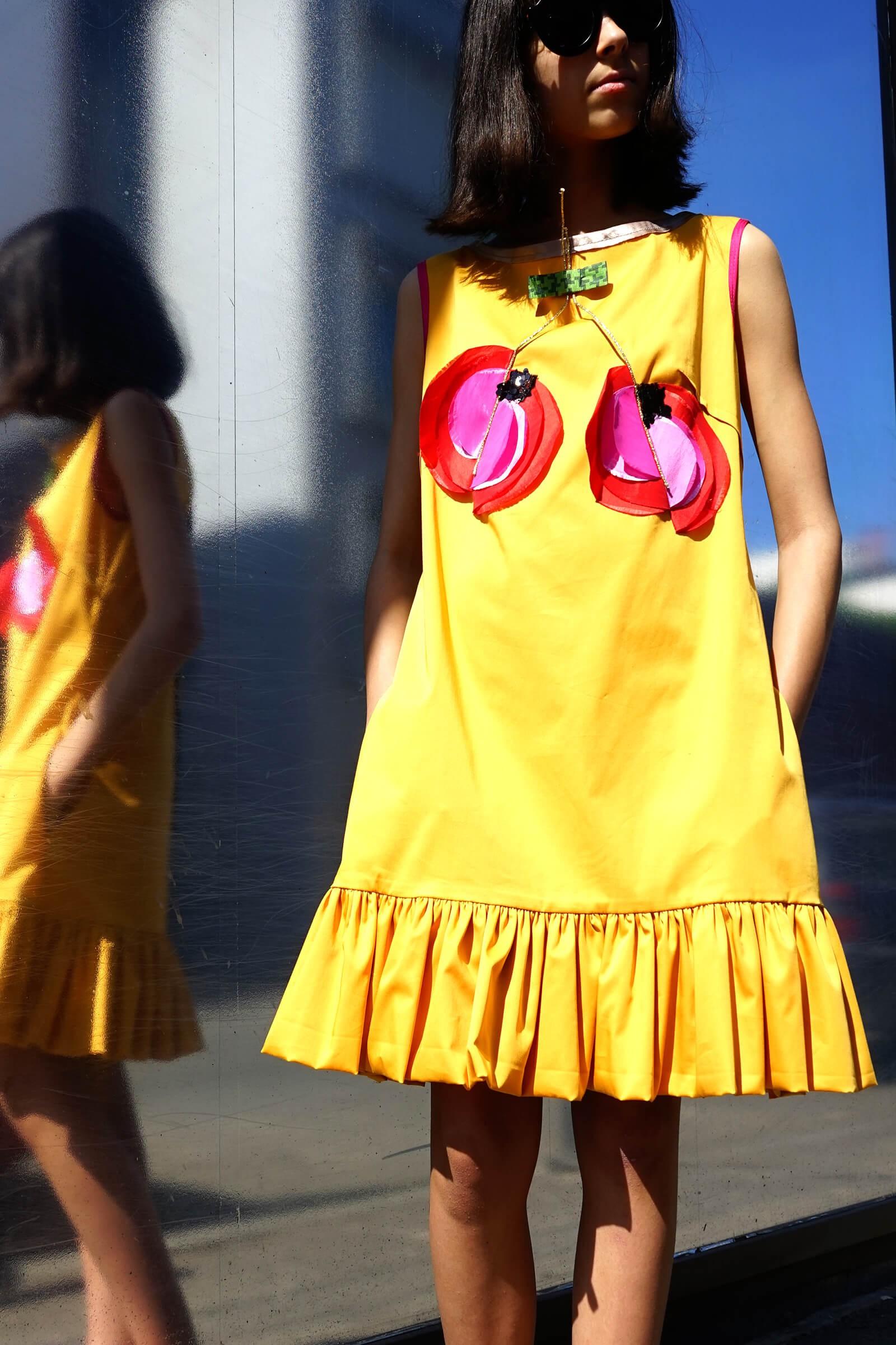 Rochie galbena cu cirese