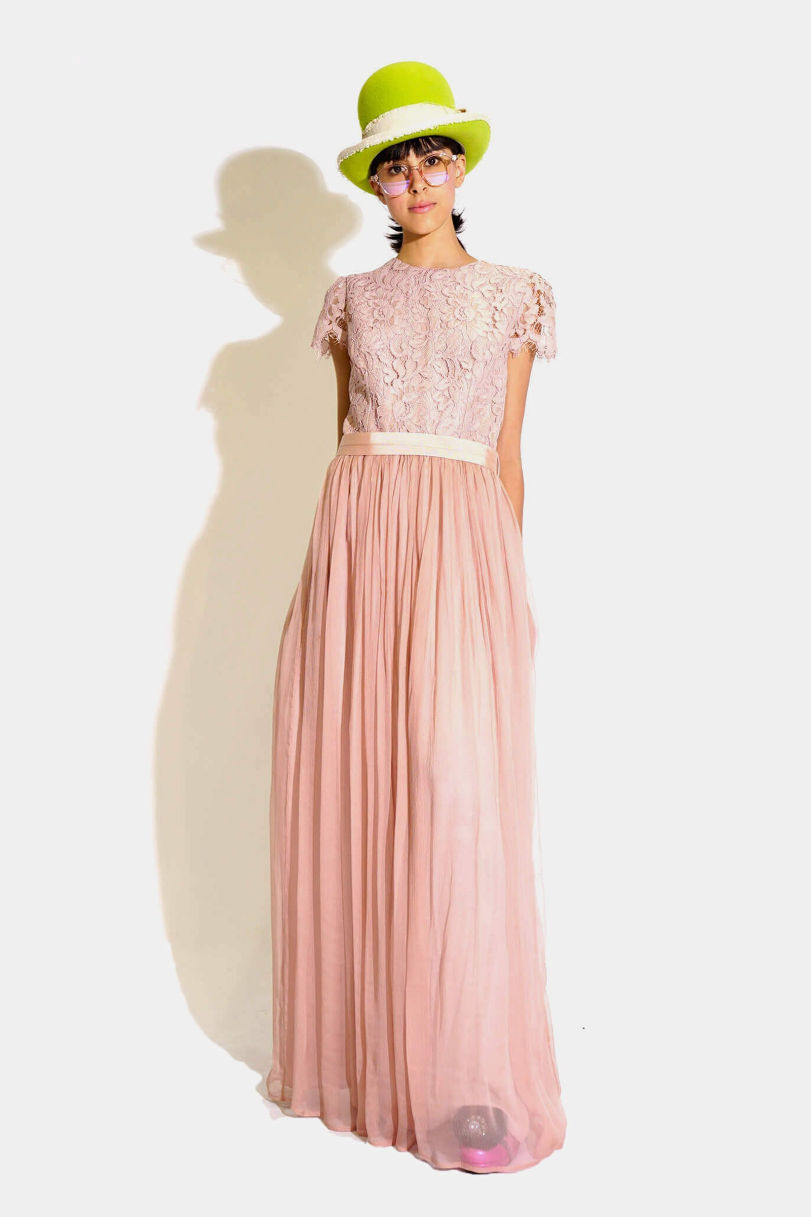 Long lace dress and pink...