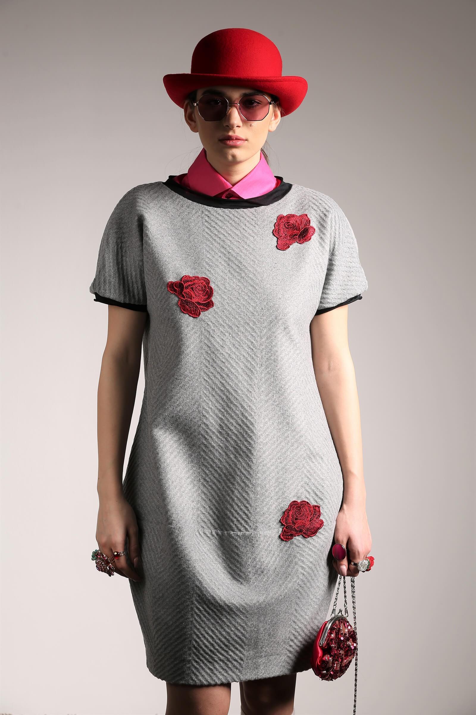 Rochie din stofa gri gogoașă