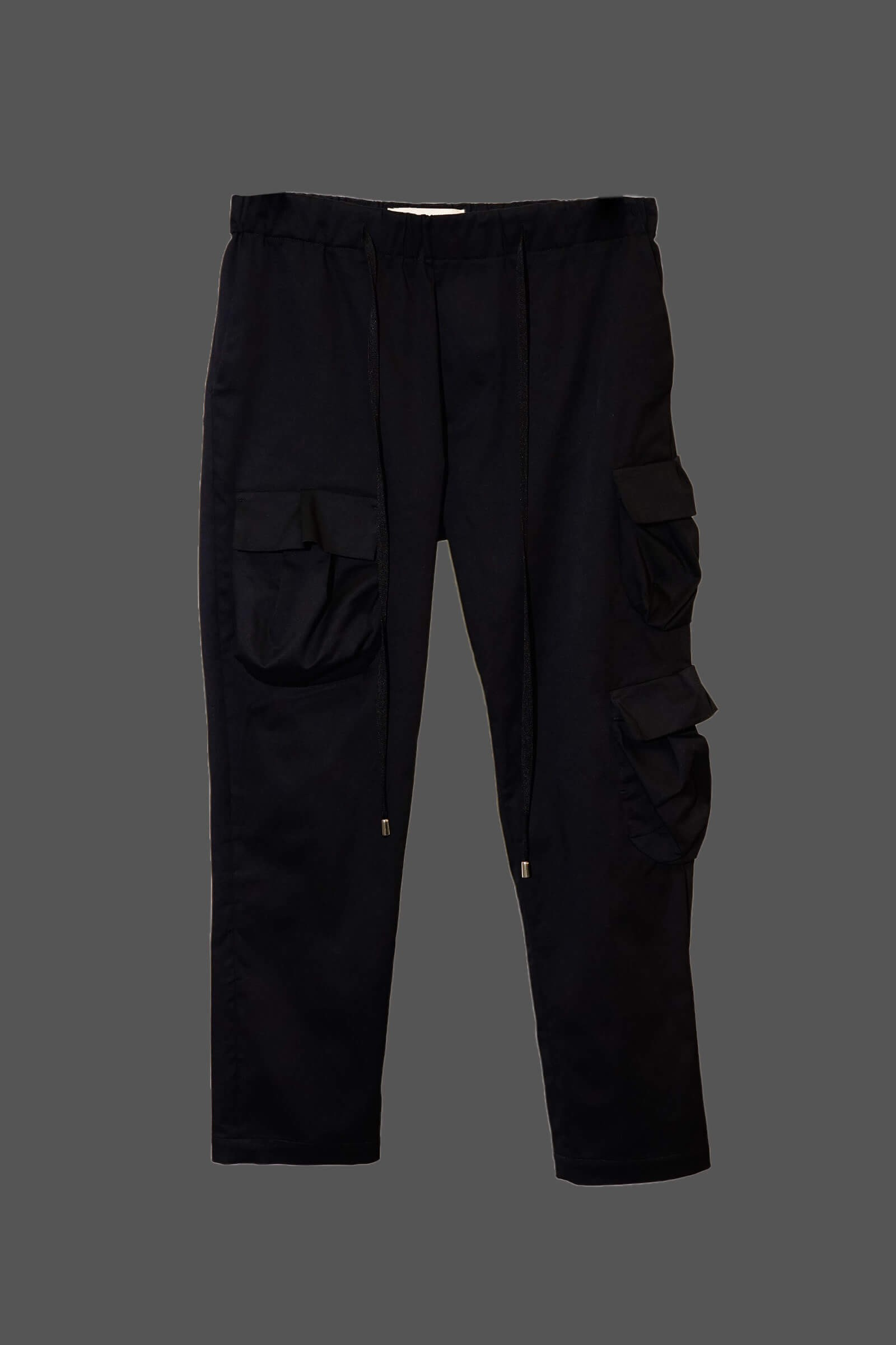 Pantalon cu buzunare aplicate