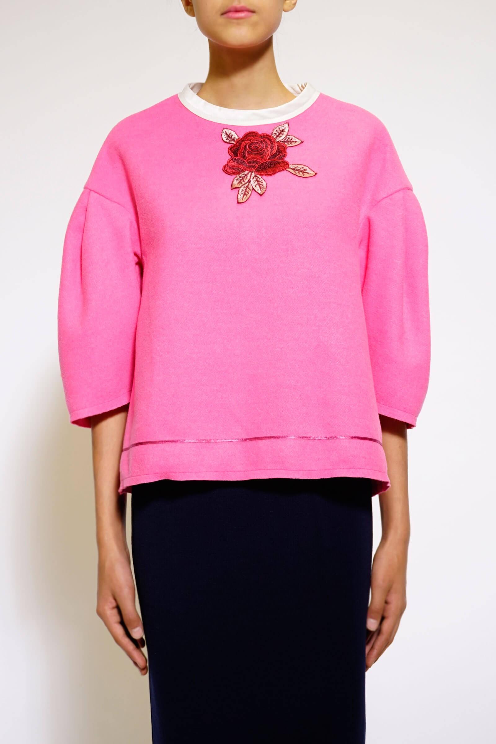 Top roz din lana