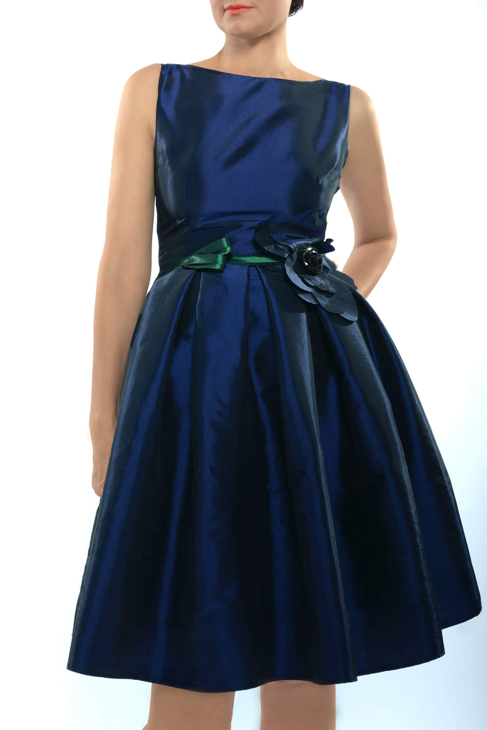 Taffeta dress with flower...